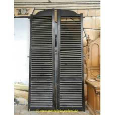 11230 Louvered double doors Antique 1920