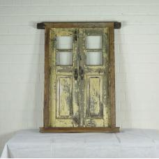 16394 Fenster mit Rahmen Antik 1850