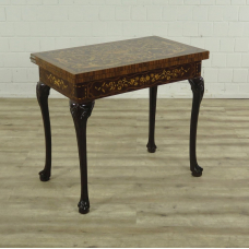 16836 Game Table Walnut