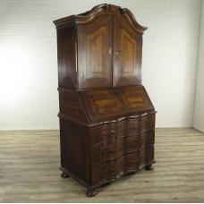 16927E Sekretär Barock 1750