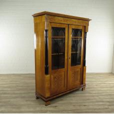 17197E Showcase Historicism 1870