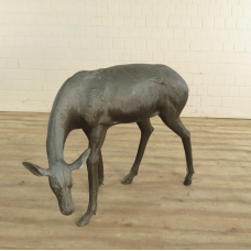 Skulptur Figur Hirsch Bronze