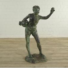 Wasserspeier Skulptur Bronze Junge 1,23 m