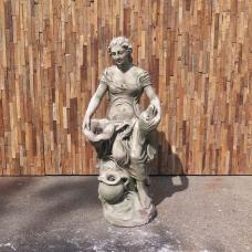 Wasserspeier Beton Frau mit Fisch 1,00 m