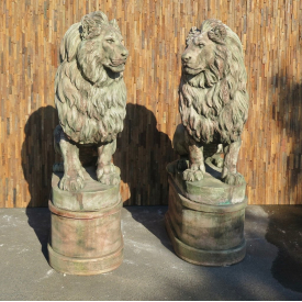 Set of two stone Lions