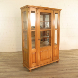 Cupboard made from pinewood 1,17 m